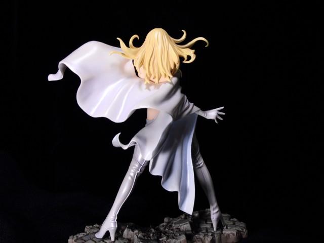 Marvel Bishoujo Emma Frost by Kotobukiya