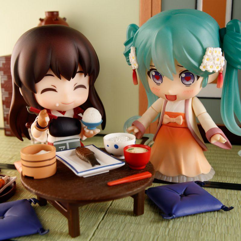Nendoroid Akagi and Hatsune Miku